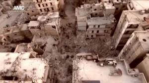Al menos 50 muertos por los bombardeos en el este de Alepo Ver más en: http://www.20minutos.es/noticia/2864305/0/muertos-bombardeos-este-alepo/#xtor=AD-15&xts=467263