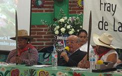 Don Samuel Ruiz con militantes de Evenco en 200p