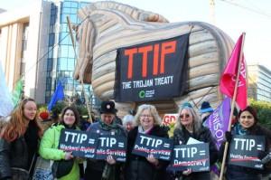 Manifestación contra el TTIP promovida por 'Amigos de la Tierra. Europa'
