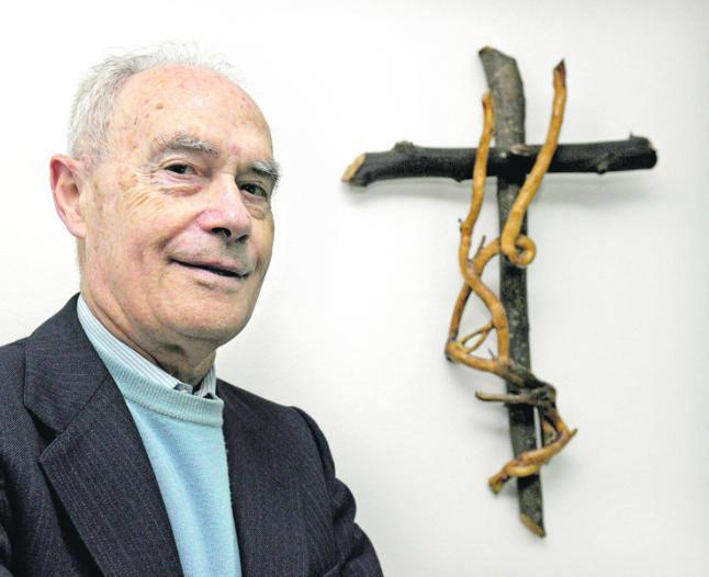 el-teologo-jesuita-gonzalez-faus
